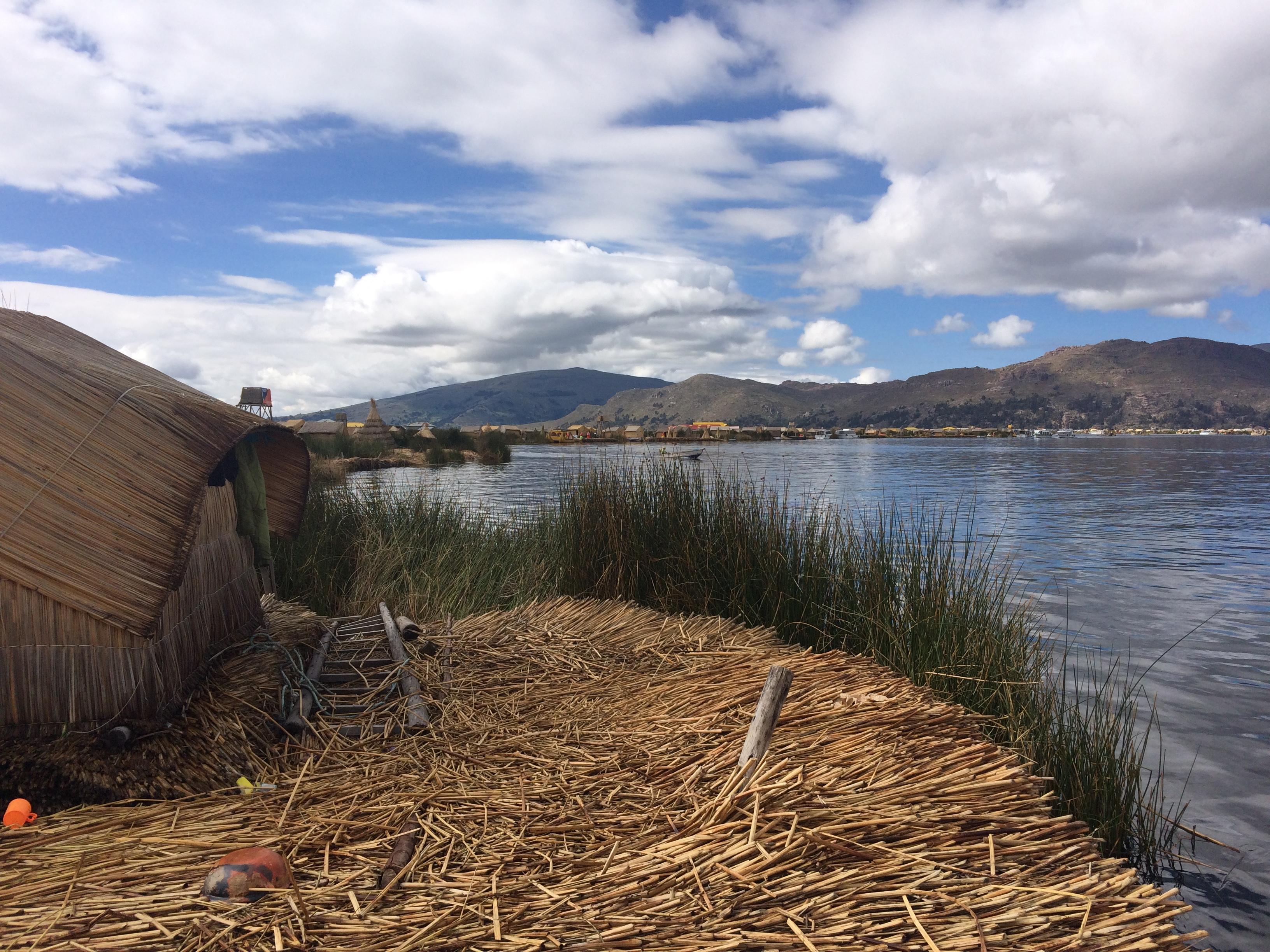 Uros reed island